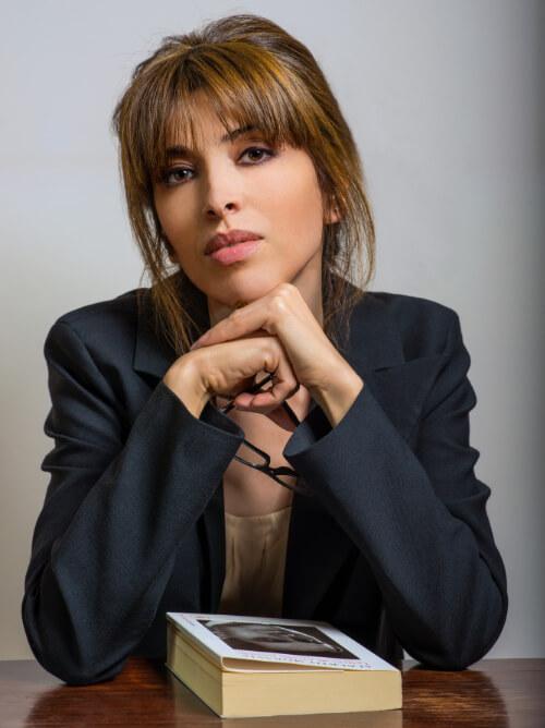 Ester Viola